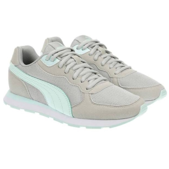 Puma Women's Vista C Retro Running Walking Shoes NWT